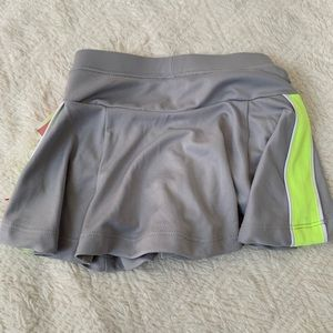 Toddler girls skort size 2T gray yellow NWT circo